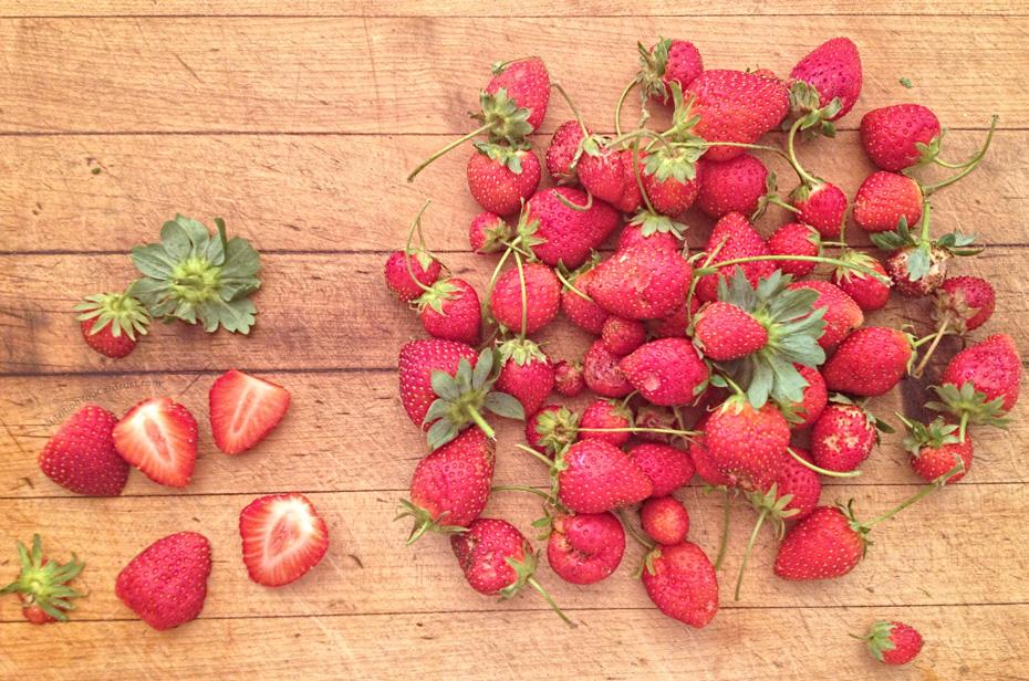 Homemade Strawberry Jam (with Chia Jam option)