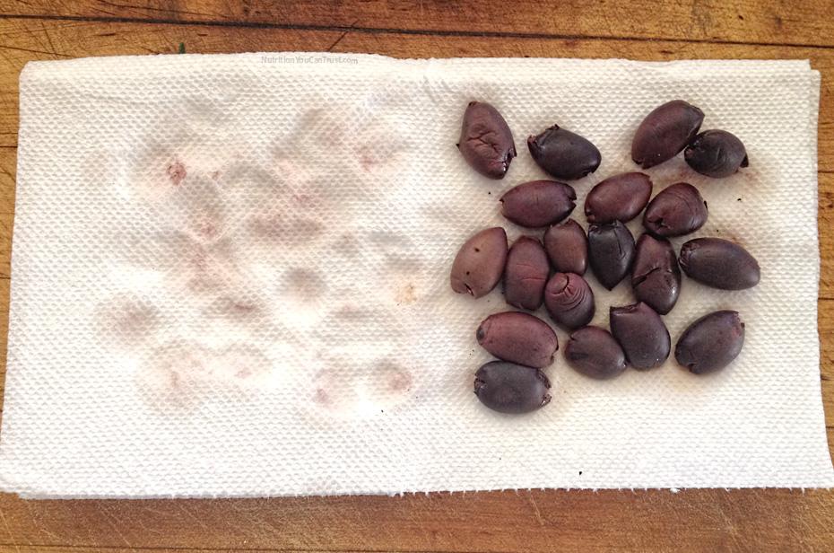 Raw Olive Bread - kalamata olives| NutritionYouCanTrust.com