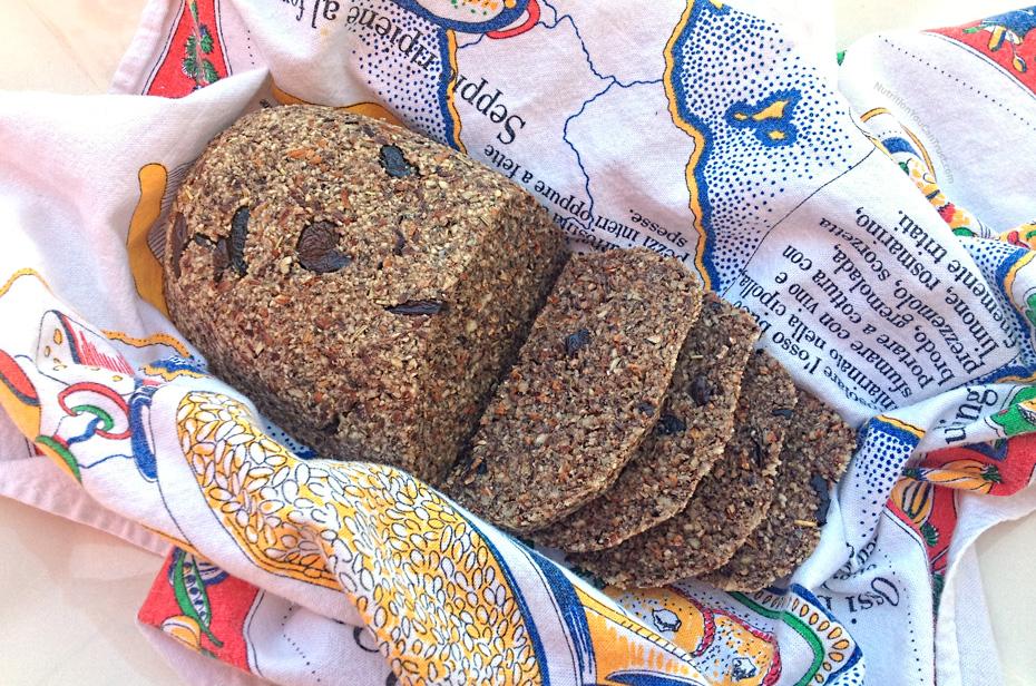 Raw Olive Rosemary Bread | NutritionYouCanTrust.com
