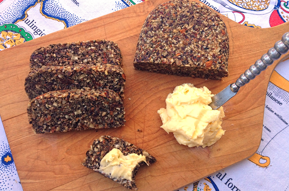 Homemade Paleo & Vegan-friendly Raw Bread Recipe - Sliced bread
